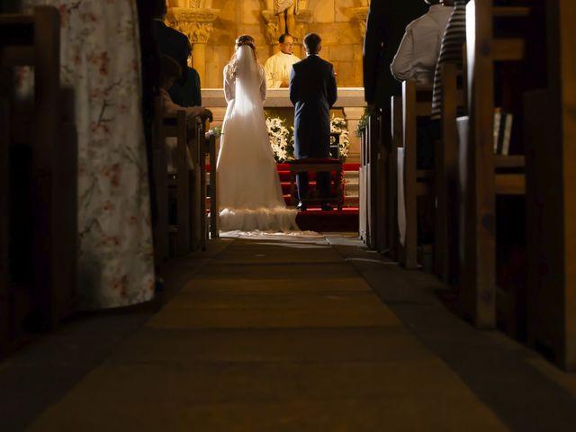 La boda de Javier y Beatriz en Madrona, Segovia 19