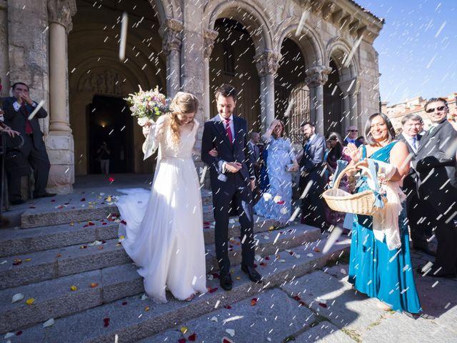 La boda de Javier y Beatriz en Madrona, Segovia 28