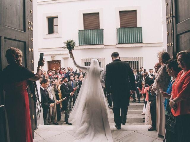 La boda de Guille y Cris en El Puerto De Santa Maria, Cádiz 32