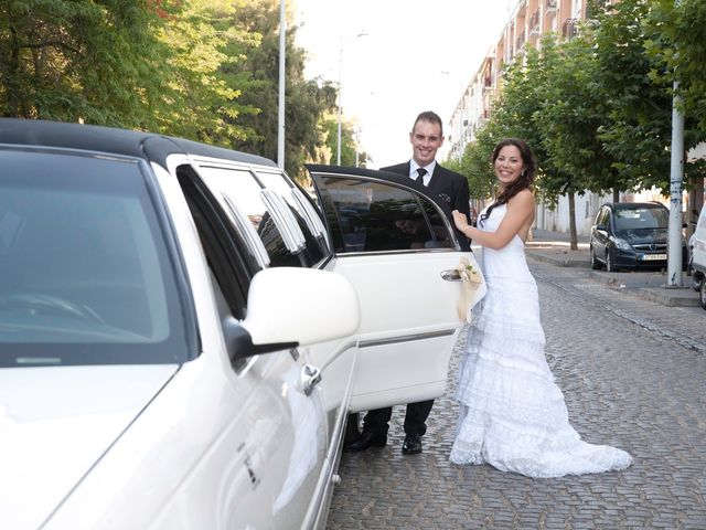 La boda de Luis Alberto y Lidia en Don Benito, Badajoz 9