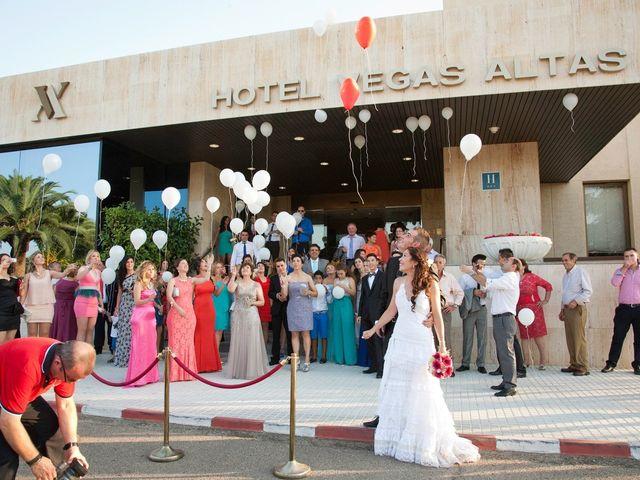 La boda de Luis Alberto y Lidia en Don Benito, Badajoz 12