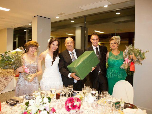 La boda de Luis Alberto y Lidia en Don Benito, Badajoz 15