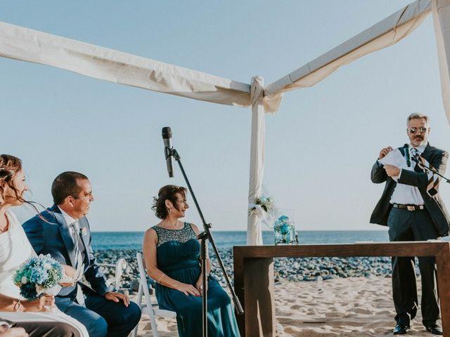 La boda de Miguel y Yuni en Santa Cruz De Tenerife, Santa Cruz de Tenerife 31