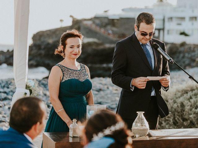 La boda de Miguel y Yuni en Santa Cruz De Tenerife, Santa Cruz de Tenerife 37