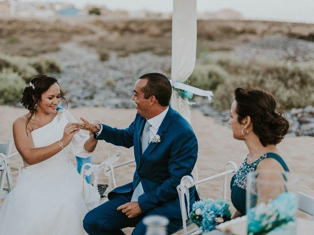 La boda de Miguel y Yuni en Santa Cruz De Tenerife, Santa Cruz de Tenerife 46