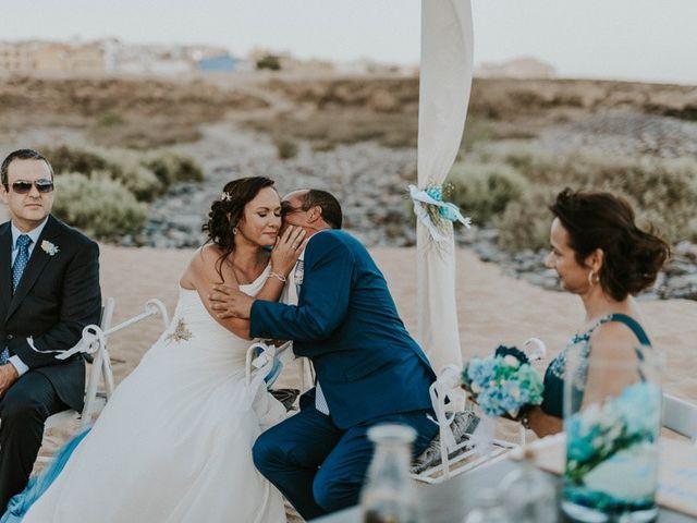La boda de Miguel y Yuni en Santa Cruz De Tenerife, Santa Cruz de Tenerife 48