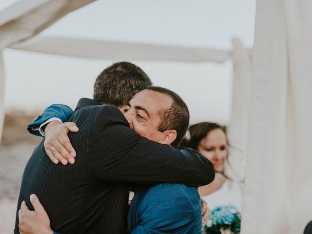 La boda de Miguel y Yuni en Santa Cruz De Tenerife, Santa Cruz de Tenerife 49