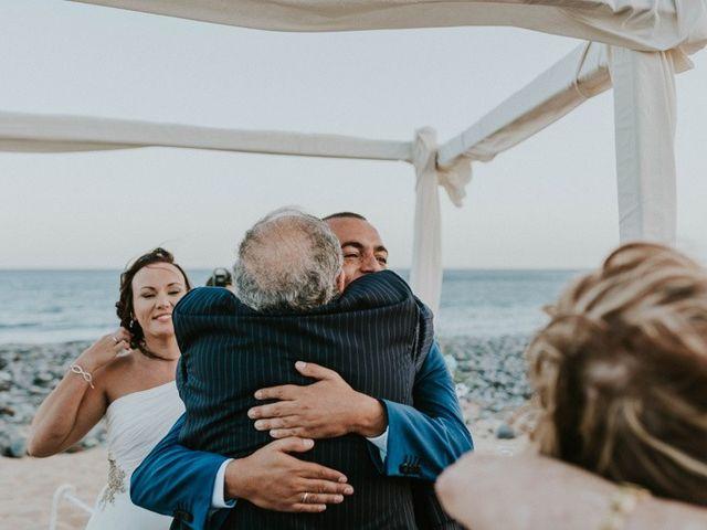 La boda de Miguel y Yuni en Santa Cruz De Tenerife, Santa Cruz de Tenerife 50