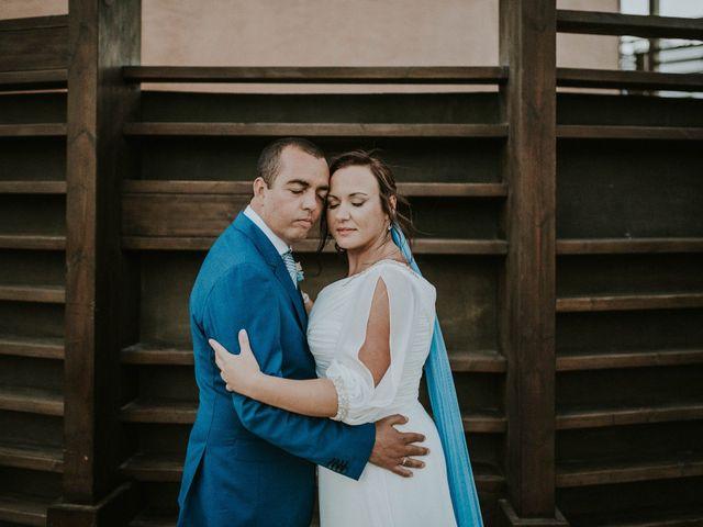 La boda de Miguel y Yuni en Santa Cruz De Tenerife, Santa Cruz de Tenerife 57