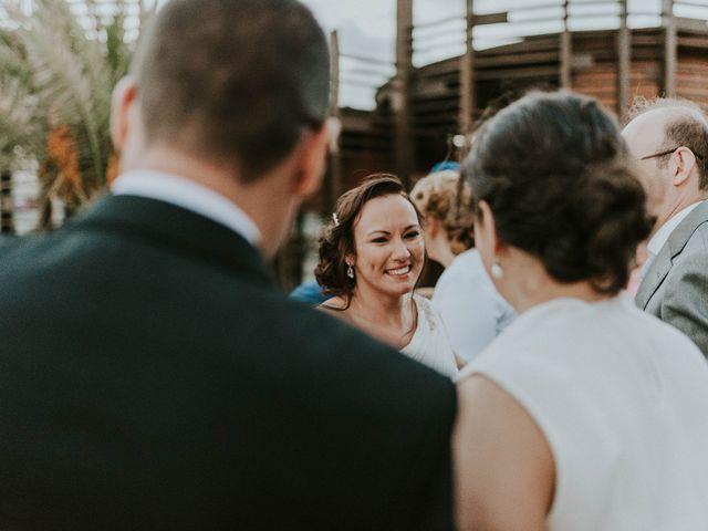 La boda de Miguel y Yuni en Santa Cruz De Tenerife, Santa Cruz de Tenerife 60