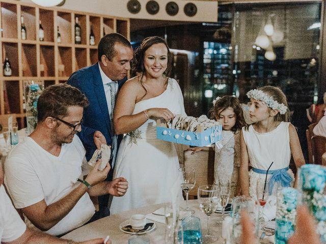 La boda de Miguel y Yuni en Santa Cruz De Tenerife, Santa Cruz de Tenerife 76