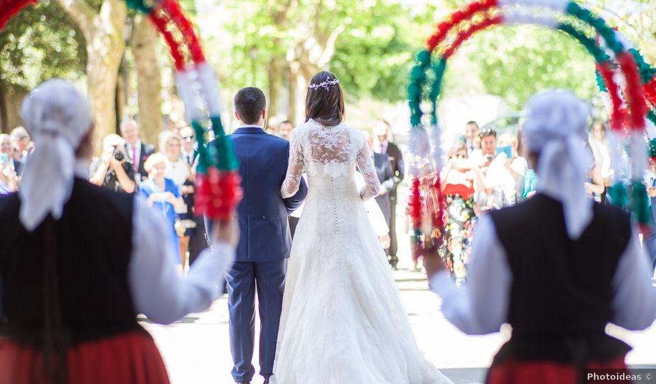 La boda de Gerardo y Marina en Bilbao, Vizcaya