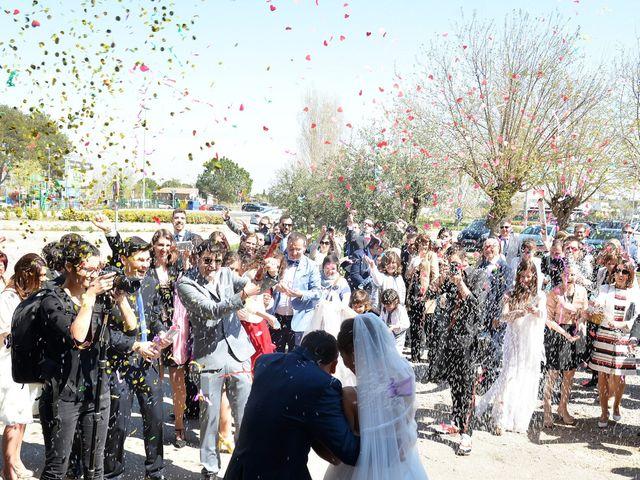 La boda de Marc y Teresa en Lleida, Lleida 19