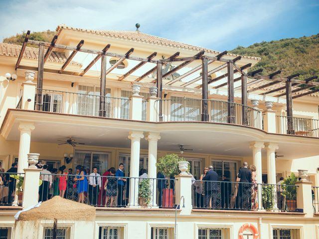 La boda de Antonio y Almudena en Benahavis, Málaga 28