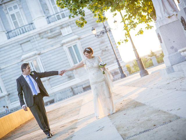 La boda de Eduardo y Esther en Madrid, Madrid 15