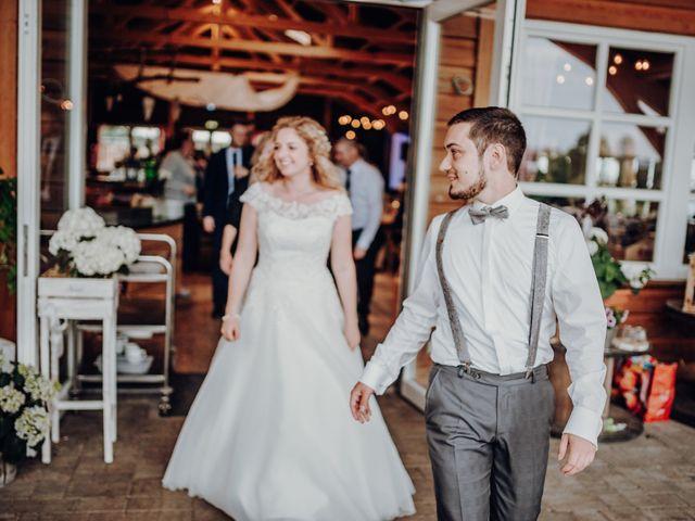 La boda de Nico y Laura en Aeropuerto Sondika (Vizcaya), Vizcaya 43
