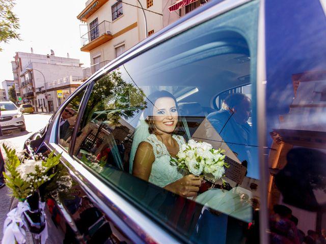 La boda de Joaquín y Raquel en Dos Hermanas, Sevilla 15