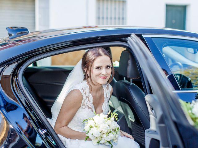 La boda de Joaquín y Raquel en Dos Hermanas, Sevilla 16
