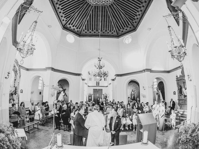La boda de Joaquín y Raquel en Dos Hermanas, Sevilla 17