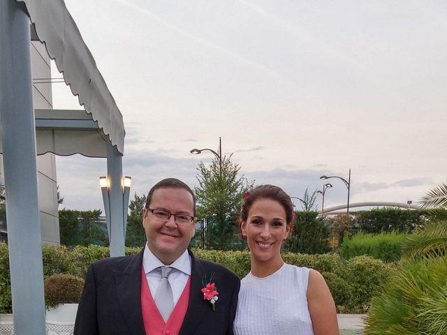 La boda de Víctor y Marta en Madrid, Madrid 5