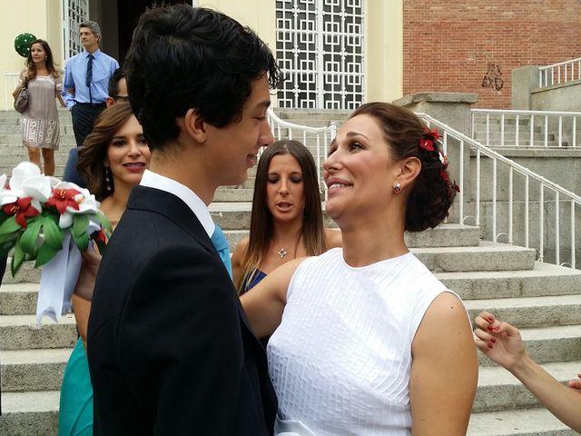 La boda de Víctor y Marta en Madrid, Madrid 2