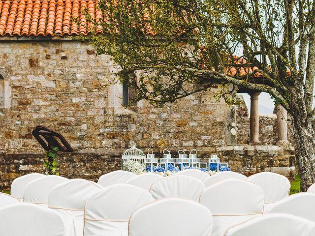 La boda de Marcos y Laura en Luces, Asturias 1