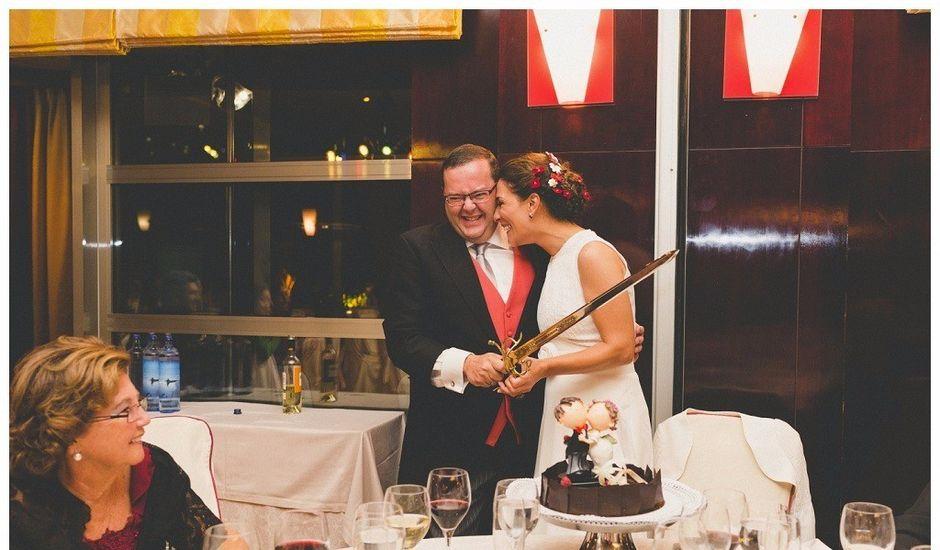 La boda de Víctor y Marta en Madrid, Madrid