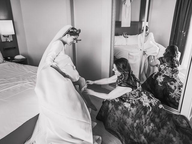 La boda de Álvaro y Lucía en Alacant/alicante, Alicante 17