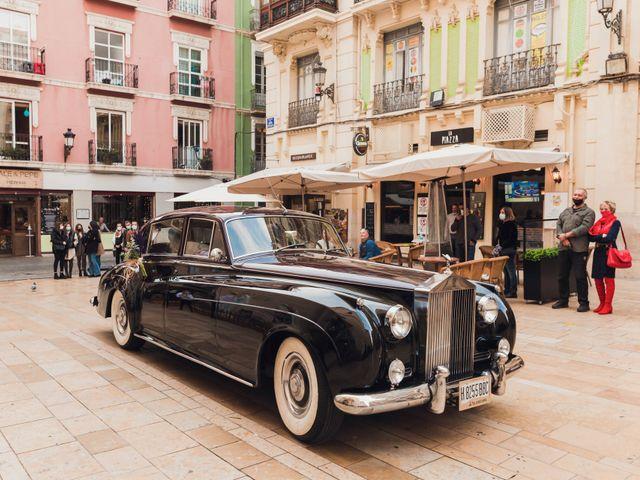 La boda de Álvaro y Lucía en Alacant/alicante, Alicante 25