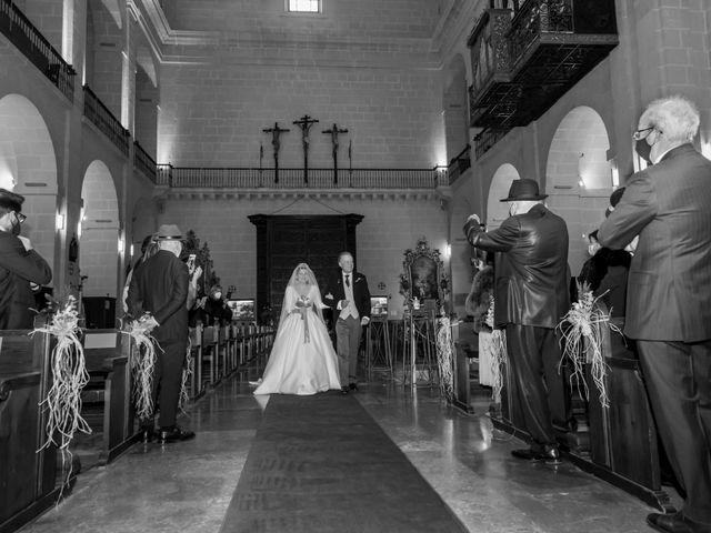 La boda de Álvaro y Lucía en Alacant/alicante, Alicante 28