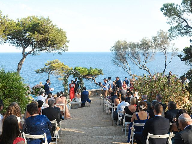 La boda de Juan y Lorena en Blanes, Girona 30