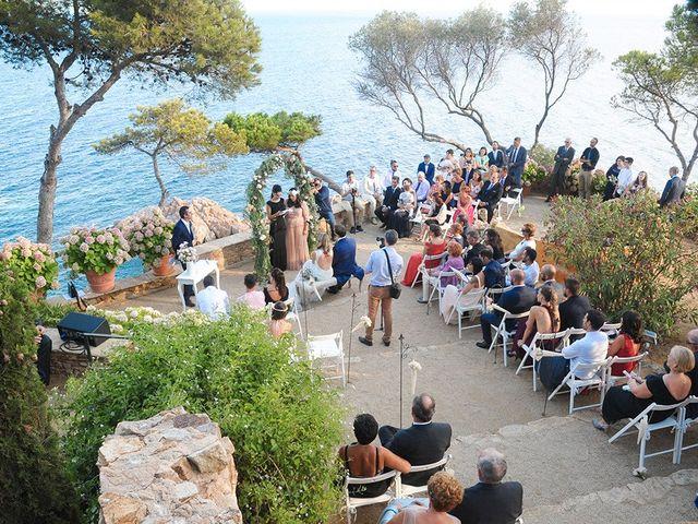 La boda de Juan y Lorena en Blanes, Girona 33