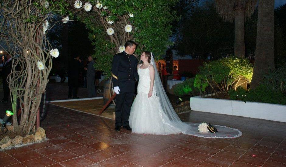 La boda de cris y lolo en dos hermanas sevilla - Empresas en dos hermanas ...