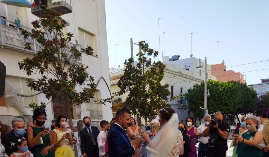 La boda de Juanjo  y Lucía en San Fernando, Cádiz