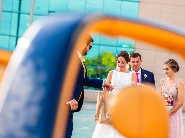 La boda de Adrián y Noelia en Alalpardo, Madrid 30