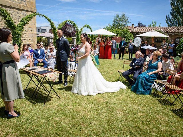 La boda de Eloy y Lidia en Vitoria-gasteiz, Álava 18