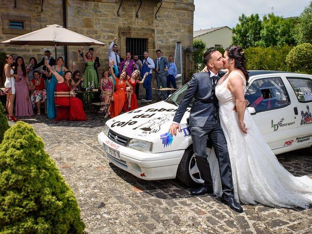 La boda de Eloy y Lidia en Vitoria-gasteiz, Álava 32