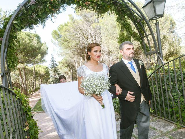 La boda de Javier y Paula en Galapagar, Madrid 16