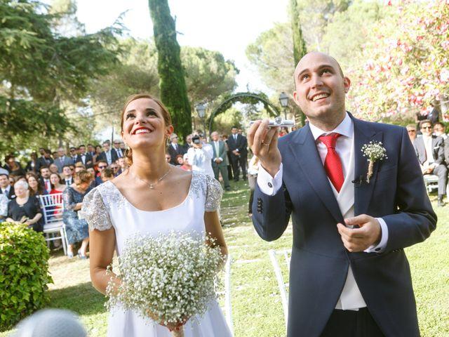 La boda de Javier y Paula en Galapagar, Madrid 23