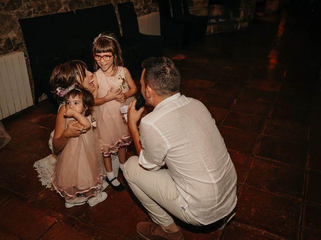 La boda de Jesús y Elizabeth en Vilanova Del Valles, Barcelona 20