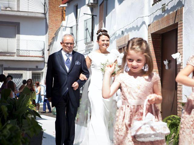 La boda de Rafa y Juana en Talarrubias, Badajoz 29