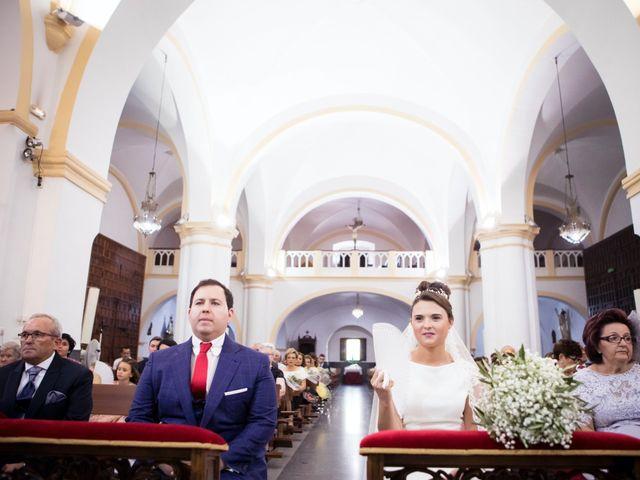 La boda de Rafa y Juana en Talarrubias, Badajoz 38