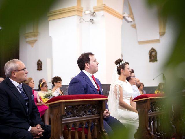 La boda de Rafa y Juana en Talarrubias, Badajoz 40