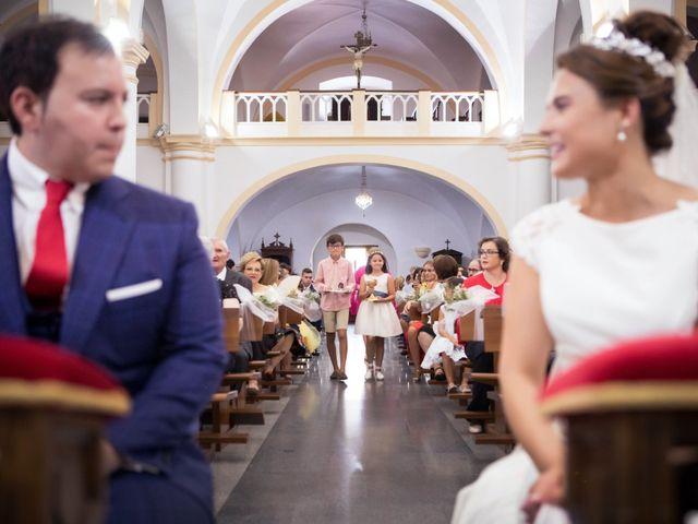 La boda de Rafa y Juana en Talarrubias, Badajoz 48