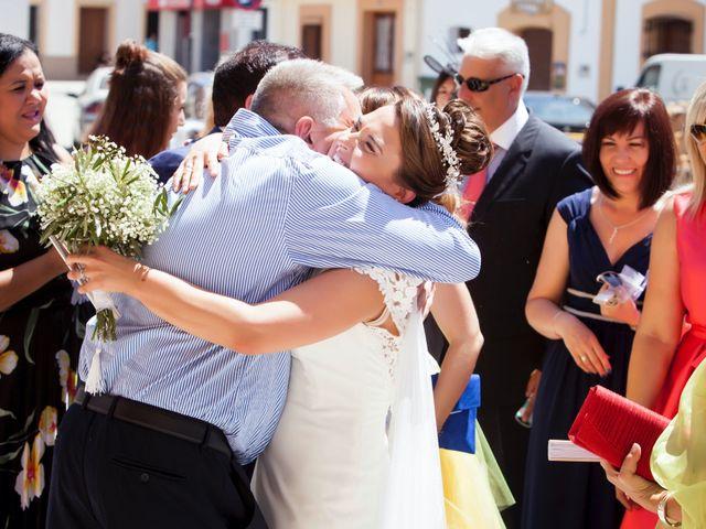 La boda de Rafa y Juana en Talarrubias, Badajoz 60