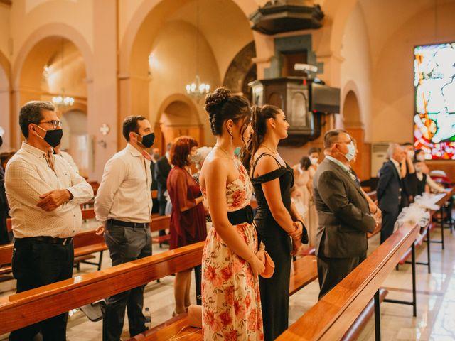 La boda de Raúl y Desirée en Sant Vicenç Dels Horts, Barcelona 23
