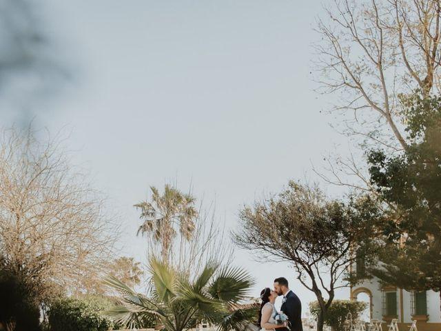 La boda de Alfonso y Mari Carmen en Dos Hermanas, Sevilla 6