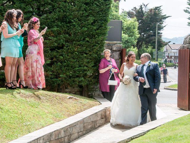 La boda de Enrique y Alaine en Hondarribia, Guipúzcoa 2