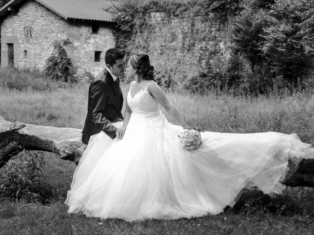 La boda de Enrique y Alaine en Hondarribia, Guipúzcoa 24