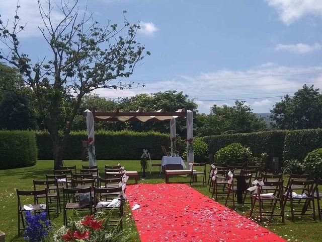 La boda de Dani y Tania en Quintueles, Asturias 17